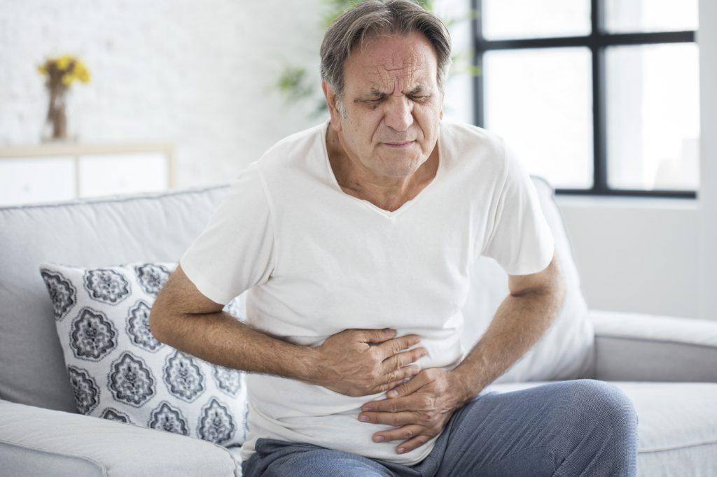câncer no estômago, estômago, dores, gastrenterologista, prescrita
