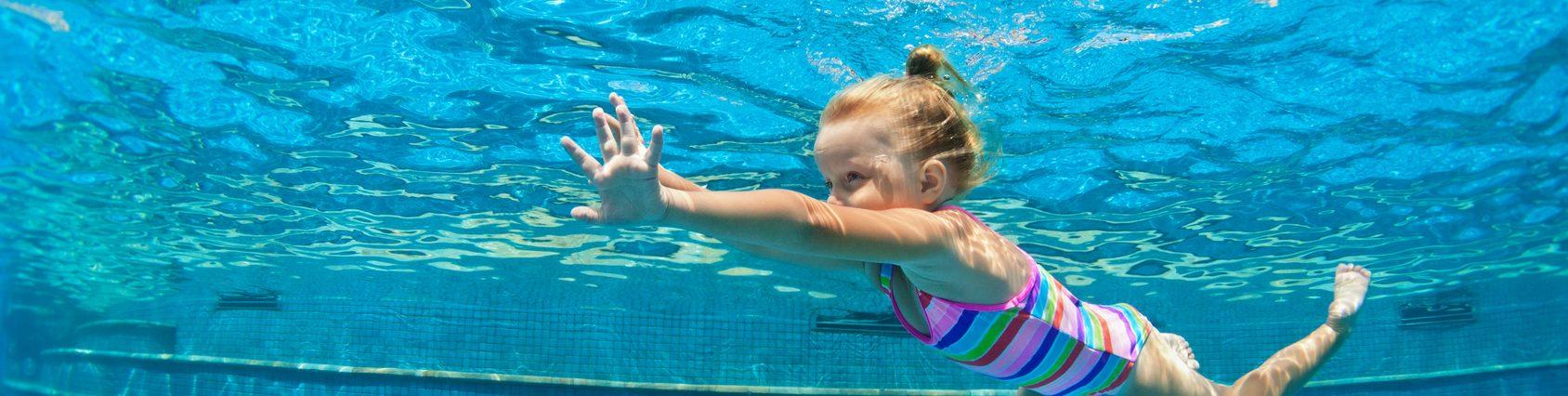 exercício físico, asma, criança, natação, água, tratamento, prescrita